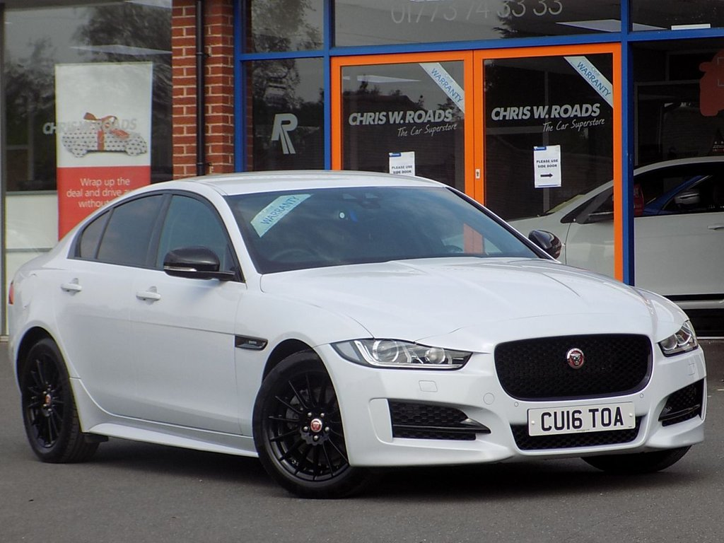 USED 2016 16 JAGUAR XE 2.0d R-Sport 4dr ** Sat Nav + Leather **