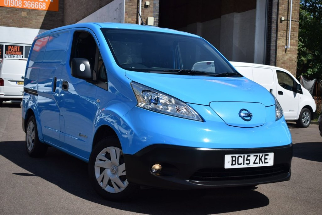 USED 2015 15 NISSAN NV200 0.0 E ACENTA RAPID PLUS 1d AUTO 108 BHP NO LONDON ULEZ OR CONGESTION CHARGES with this August 2015 Nissan NV200e FULLY ELECTRIC RAPID PLUS ACENTA in blue with internal racking. 1 owner, 2 Nissan services and 2 keys.