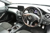 USED 2015 65 MERCEDES-BENZ GLA-CLASS 2.1 GLA200 CDI AMG LINE 5d 136 BHP LEATHER/SUEDE - REVERSE CAM