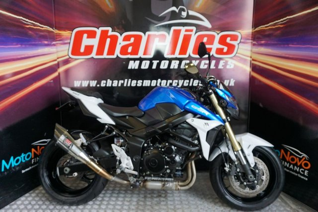 View our SUZUKI GSR 750 AL3