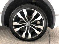 USED 2018 18 VOLKSWAGEN TIGUAN 2.0 R LINE TDI BMT 4MOTION DSG 5d AUTO 148 BHP *PAN ROOF*
