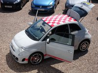 USED 2015 15 ABARTH 500 1.4 CUSTOM 3d 133 BHP FULL ABARTH SERVICE HISTORY, CLEAN CAR, RED DETAILING, ONE LADY OWNER, HPI CLEAR