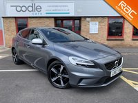 USED 2017 67 VOLVO V40 2.0 D2 R-DESIGN NAV PLUS 5d 118 BHP