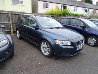 2010 VOLVO V50 1.6 D2 SE LUX 5d 113 BHP Full Leather £4995.00