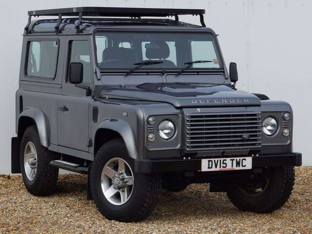 2015 15 LAND ROVER DEFENDER 2.2 TD XS STATION WAGON 3d 122 BHP ONE OWNER FULL LAND ROVER SERVICE HISTORY SVX ALLOYS