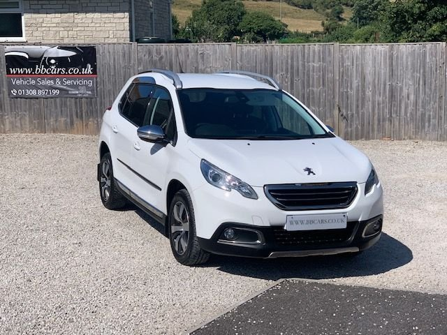 2014 Peugeot 2008 1 6 Allure 5D 120 BHP £8,495