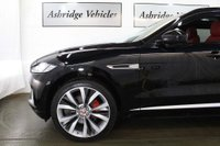 USED 2016 66 JAGUAR F-PACE 3.0d V6 S Auto AWD (s/s) 5dr PAN ROOF! DEPLOYABLES! 22's!