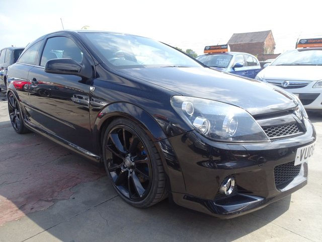 USED 2008 08 VAUXHALL ASTRA 2.0 VXR 3d 240 BHP FULL SERVICE MINT CAR