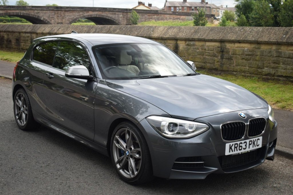 USED 2013 63 BMW 1 SERIES 3.0 M135I 3d SPORTS  AUTO 316 BHP SERVICE HISTORY, HEATED SPORT LEATHER SEATS, DAB RADIO, SATELLITE NAVIGATION, BLUETOOTH, REAR PRIVACY GLASS