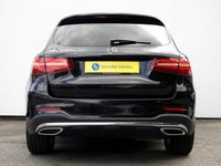 USED 2017 67 MERCEDES-BENZ GLC-CLASS 2.1 GLC 250 D 4MATIC AMG LINE PREMIUM PLUS 5d AUTO 201 BHP Comand Sat Nav with Fully Electric Panoramic Glass Sunroof & Much More......