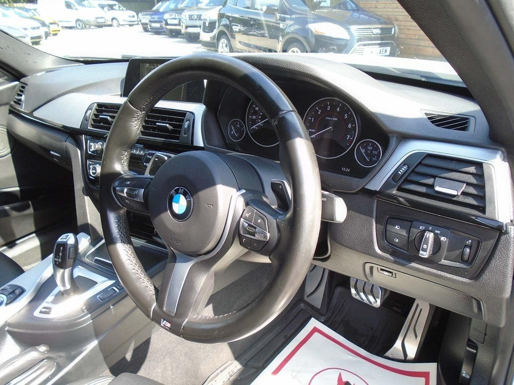 BMW 3 Series 2 0 330e 7 6kwh M Sport Auto (s/S) 4dr £21,995