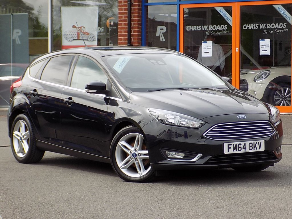 USED 2015 64 FORD FOCUS 1.6 TDCi Titanium Navigation 5dr ** Sat Nav + Appearance Pack **