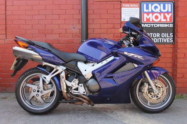 USED 2005 55 HONDA VFR 800 A-5 *Lovely Example, FSH, 12mth Mot, Delivery Available*