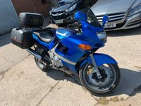 USED 2001 Y KAWASAKI ZZR 600 599cc ZX 600 E10  Y481UMR 2001 KAWASAKI ZZR 600 cc ZX 600 100 BHP E10 BLUE FINANCE AVAILABLE 12 MONTH MOT GIVI PANNIERS & TOP BOX