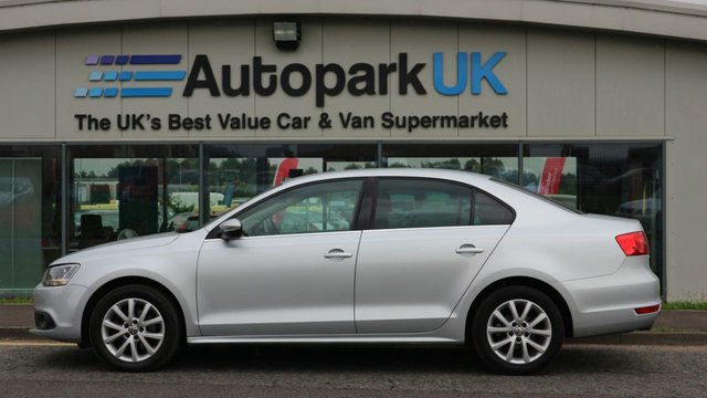 USED 2013 13 VOLKSWAGEN JETTA 1.6 LTD EDITION TDI BLUEMOTION TECHNOLOGY 4d 104 BHP 0% FINANCE AVAILABLE ON THIS CAR - ENDS 31ST AUGUST! APPLY NOW!!