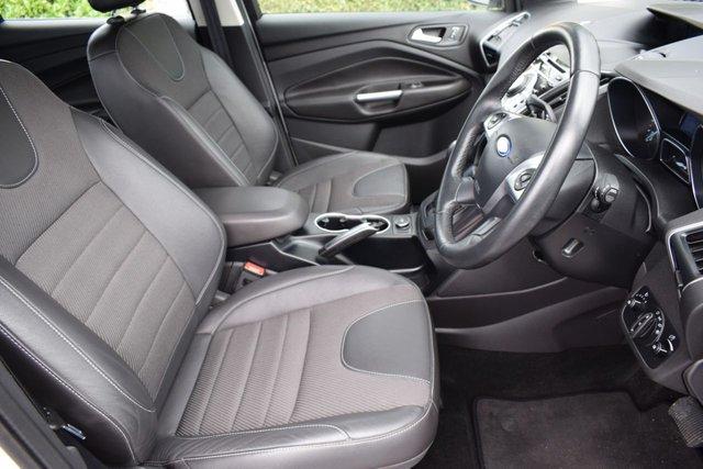 USED 2014 64 FORD KUGA 2.0 TITANIUM TDCI 5d AUTO 160 BHP