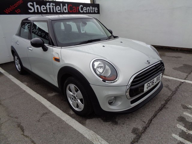 USED 2016 16 MINI HATCH COOPER 1.5 COOPER D 5 door  114 BHP silver bluetooth free road tax alloy wheels 78 mpg air conditioning sought afer colour