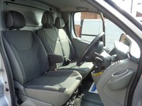 USED 2014 14 VAUXHALL VIVARO 2.0 2700 CDTI SPORTIVE 1d 113 BHP