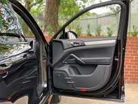 USED 2013 G PORSCHE CAYENNE 4.8 Turbo Tiptronic S AWD 5dr FULL PORSCHE HISTORY!!!