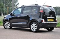 USED 2013 63 CITROEN C3 PICASSO 1.6 HDi 8v Exclusive 5dr TAX ONLY £20