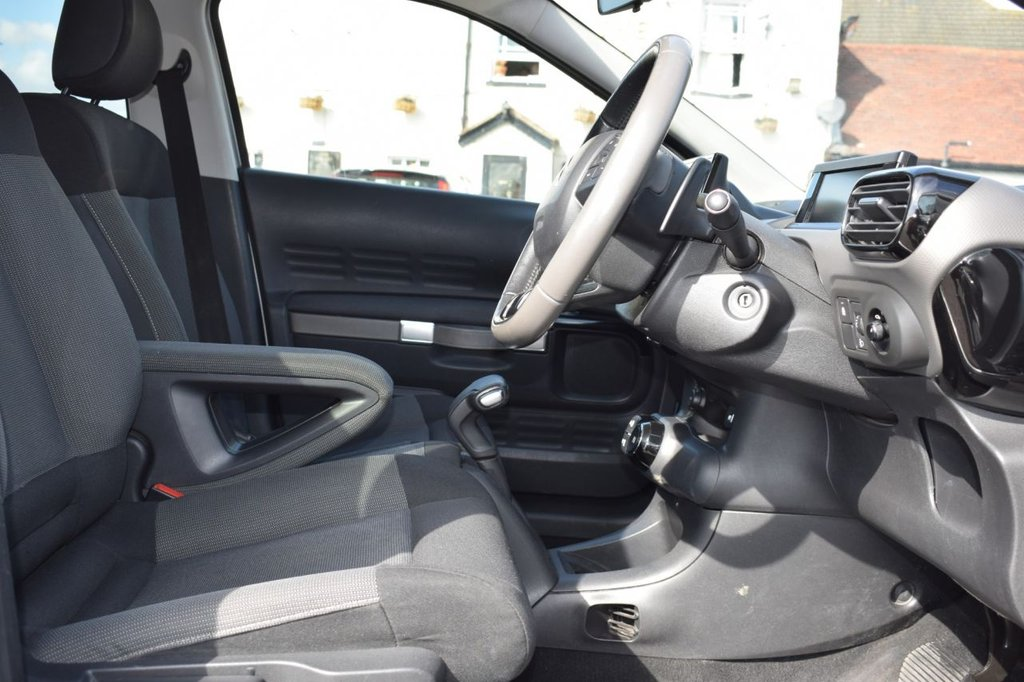 USED 2015 15 CITROEN C4 CACTUS 1.6 E-HDI FLAIR ETG6 5d AUTO 91 BHP
