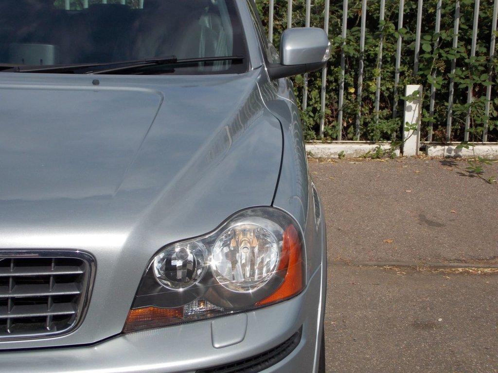USED 2009 59 VOLVO XC90 2.4 D5 SE PREMIUM AWD 5d AUTO 185 BHP