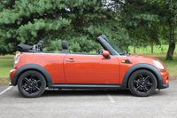 USED 2012 12 MINI CONVERTIBLE 1.6 COOPER 2d 122 BHP