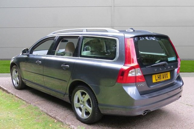 USED 2011 11 VOLVO V70 2.4 D5 SE LUX 5d AUTO 205 BHP 1 OWNER AUTOMATIC LOW MILEAGE, MANY EXTRAS.FINANCE ME TODAY-UK DELIVERY POSSIBLE