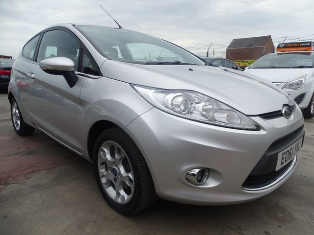 USED 2011 61 FORD FIESTA 1.2 ZETEC LOW MILES GREAT CONDITION