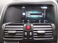 USED 2015 15 VOLVO XC60 2.0 D4 R-DESIGN NAV 5d 188 BHP ONE OWNER MAIN DEALER HISTORY