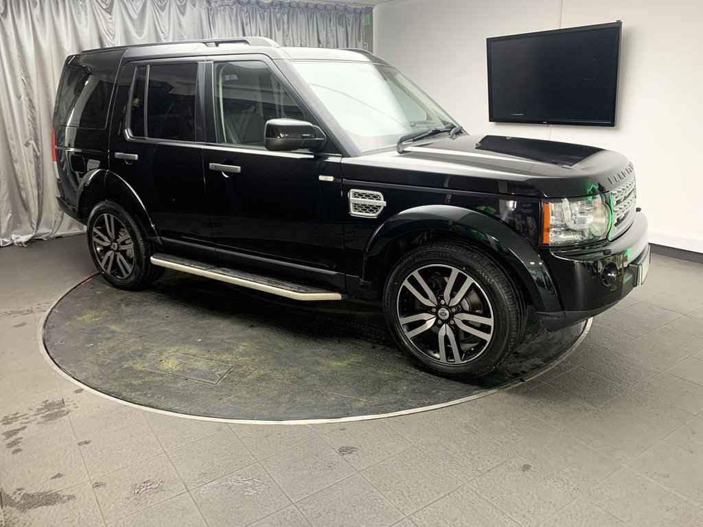USED 2013 63 LAND ROVER DISCOVERY 3.0 SDV6 HSE LUXURY 5d AUTO 255 BHP £0 DEPOSIT FINANCE AVAILABLE, AIR CONDITIONING, AUTOMATIC HEADLIGHTS, BLUETOOTH CONNECTIVITY, CRUISE CONTROL, DAB RADIO, ELECTRIC SUNROOF, ELECTRONIC PARKING BRAKE, FULL LEATHER UPHOLSTERY, GEARSHIFT PADDLES, HEATED SEATS, HILL DESCENT CONTROL, KEYLESS ENTRY, PARKING SENSORS, REAR SEAT DVD ENTERTAINMENT, REVERSE CAMERA, SATELLITE NAVIGATION, STEERING WHEEL CONTROLS, TERRAIN RESPONSE, TRIP COMPUTER