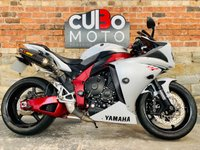 USED 2010 10 YAMAHA R1 Big Bang Akrapovic Exhausts