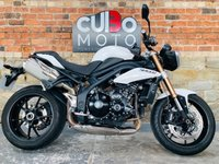USED 2011 11 TRIUMPH SPEED TRIPLE 1050 2 Owners From New