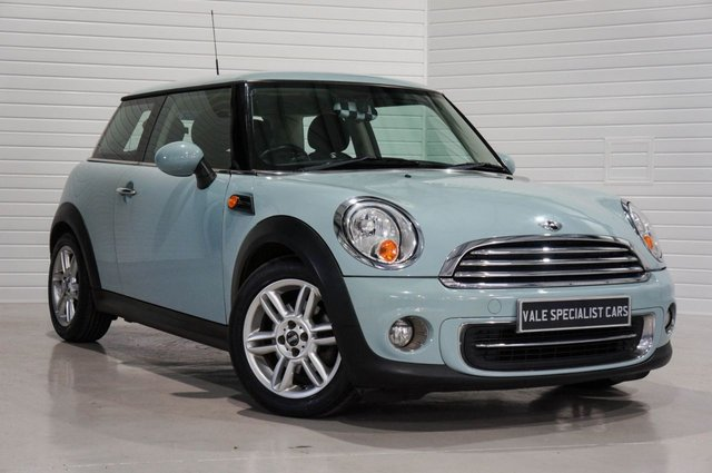2011 11 MINI HATCH COOPER 1.6 COOPER (CHILLI PACK)