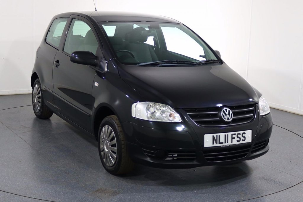 USED 2011 11 VOLKSWAGEN FOX 1.4 URBAN 75 3d 75 BHP LOW INSURANCE with Fantastic Value