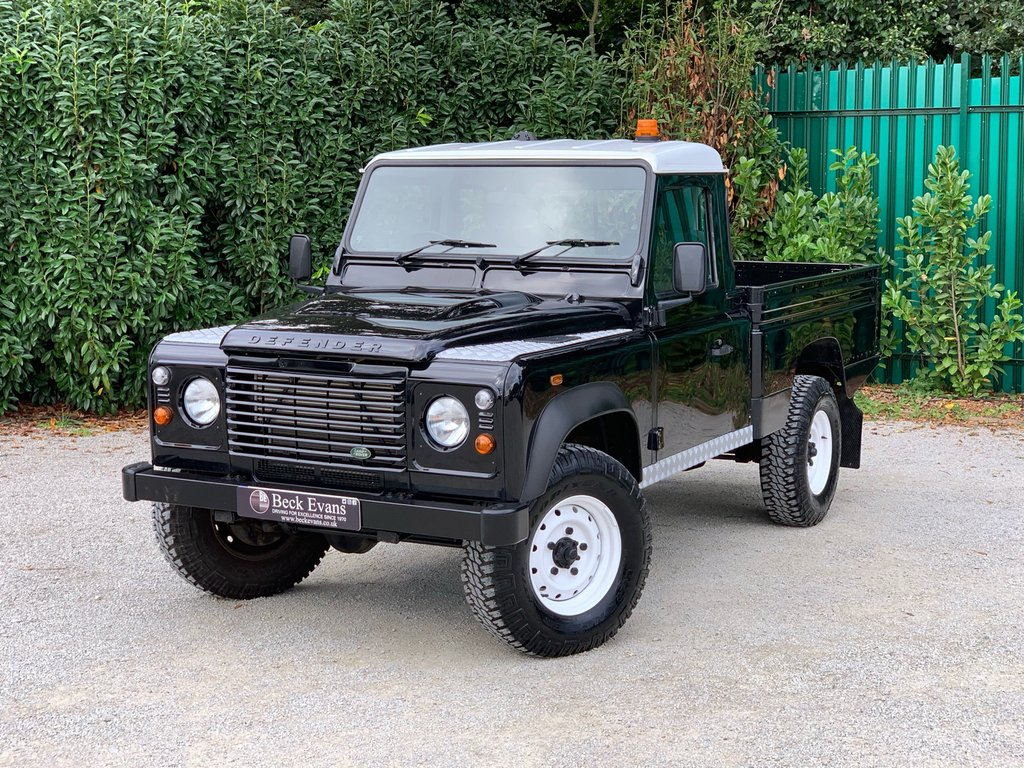 USED 2013 63 LAND ROVER DEFENDER 110 2.2 TD HIGH CAPACITY PICK UP 1d 122 BHP HI CAPICITY
