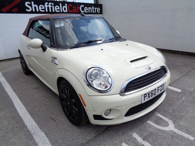 USED 2010 60 MINI CONVERTIBLE 1.6 COOPER S 2 door 184 BHP white cooper s specification full leather bluetooth climate and cruise control petrol performance sought after interior / exterior colour
