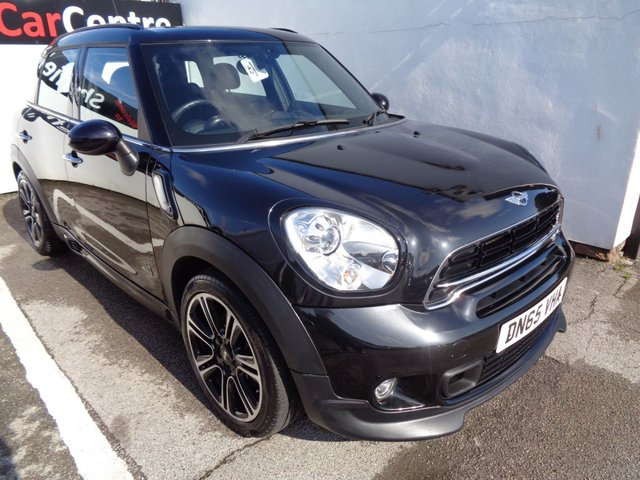 USED 2015 65 MINI COUNTRYMAN 2.0 COOPER SD ALL4 5 door  141 BHP black all wheel drive full service history bluetooth cruise and climate control half leather parking sensors alloy wheels interior light pack