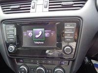 USED 2014 64 SKODA OCTAVIA 1.6 SE BUSINESS GREENLINE III TDI CR 5d 109 BHP £146 A MONTH PARKING SENSORS SATELLITE NAVIGATION 2 KEYS SUPPLIED WITH SERVICE AND MOT
