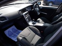 USED 2013 13 VOLVO V60 2.0 D4 R-DESIGN NAV 5d 161 BHP