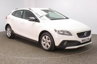 USED 2013 63 VOLVO V40 2.0 D3 CROSS COUNTRY SE 5DR 148 BHP FULL SERVICE HISTORY + BLUETOOTH + CRUISE CONTROL + CLIMATE CONTROL + MULTI FUNCTION WHEEL + DAB RADIO + ELECTRIC WINDOWS + ELECTRIC MIRRORS + 16 INCH ALLOY WHEELS