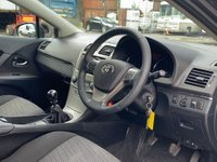 USED 2010 60 TOYOTA AVENSIS 1.8 V-Matic TR 5dr Cruise/Nav/TouchScreen/AUX