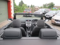USED 2009 09 VOLKSWAGEN EOS 2.0 TDI 2d 138 BHP GOOD  SERVICE HISTORY INC CAMBELT - SEE IMAGES