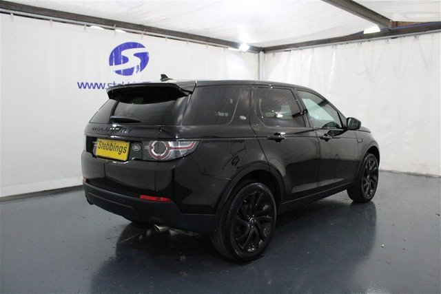 LAND ROVER DISCOVERY SPORT at Stebbings