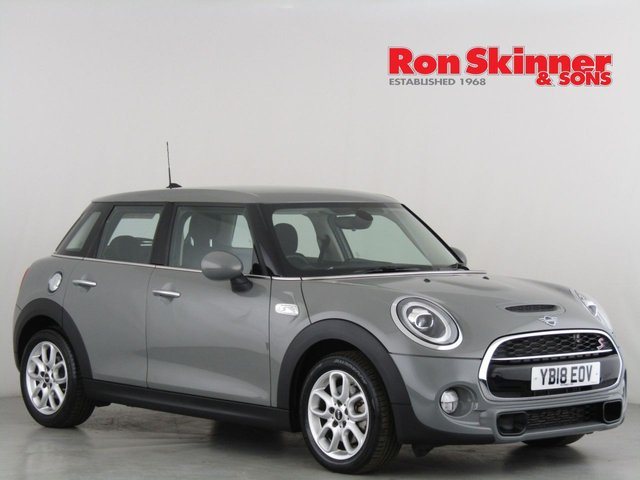 View our 2018 18 MINI HATCH COOPER 2.0 COOPER S 5d 189 BHP