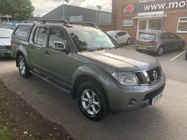 USED 2015 15 NISSAN NAVARA 2.5 DCI TEKNA 4X4 SHR DCB 1d 188 BHP WELL MAINTAINED EXAMPLE WITH 4 SERVICE STAMPS TO 50K, ALLOY WHEELS, PARK SENSORS, HEATED LEATHER SEATS, RADIO/CD/AUX/USB, CRUISE CONTROL, CLIMATE CONTROL, SATELLITE NAVIGATION