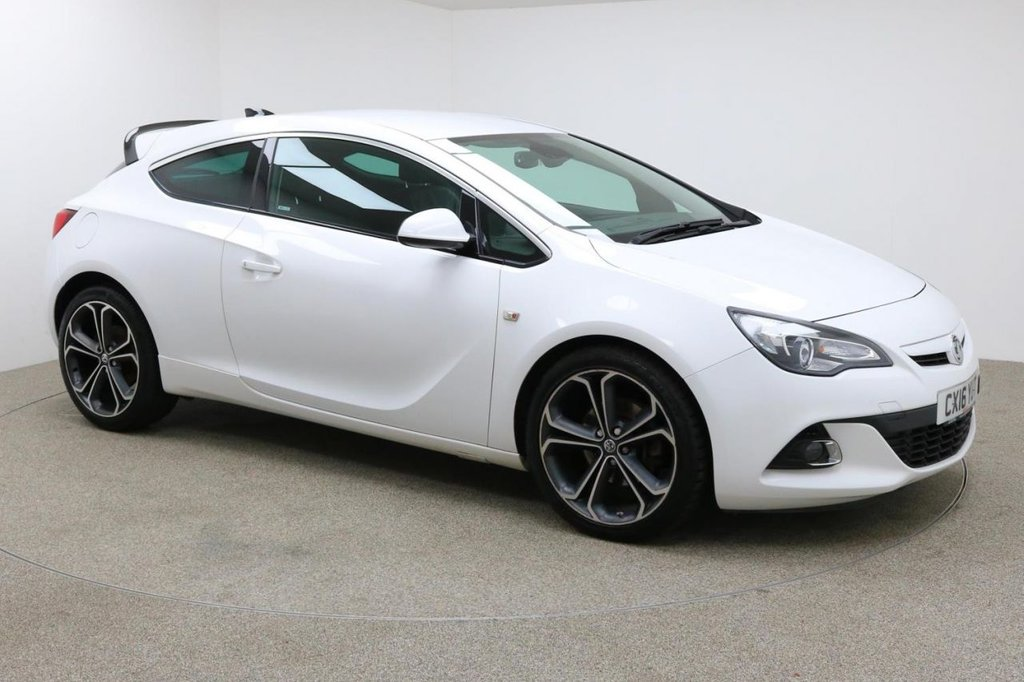 USED 2016 16 VAUXHALL ASTRA 1.6 GTC LIMITED EDITION CDTI S/S 3d 134 BHP Finished in stunning white + SAT-NAV + HEATED LEATHER + £30 ROAD TAX + 1 OWNER + FULL SERVICE HISTORY