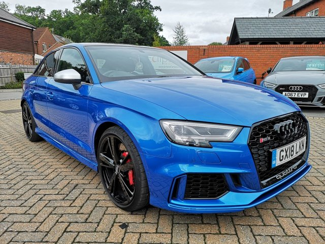 View our AUDI RS3 SALOON