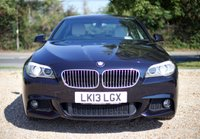 """USED 2013 13 BMW 5 SERIES 2.0 520D M SPORT 4d AUTO 181 BHP/ PROFESSIONAL SAT NAV BEAUTIFUL & FULLY LOADED BMW 520D 2.0 M SPORT AUTOMATIC COMES WITH PRO SAT NAV/ CRUISE CONTROL/ HEATED CREAM LEATHER SEATS/ PARKING SENSORS/ XENONS/ 2 OWNERS ONLY/ SERVICE HISTORY/ NEW SERVICE @98K MILEAGE/ MOT 22/04/2020 / ROAD TAX £125,-/ WARRANTY/ 2 KEYS/ HPI CLEARED/  BOOK A TEST DRIVE TODAY! APPLY FOR A CAR FINANCE ON OUR WEBSITE PAGE  """"FINANCE"""""""