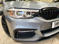 USED 2017 17 BMW 5 SERIES 3.0 540i M Sport Auto xDrive (s/s) 4dr PERFORMANCEPACK+4WD+SUNROOFWOW